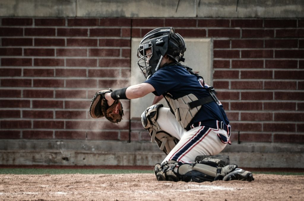 Baseball injuries can be treated by a Brooklyn Orthopedist